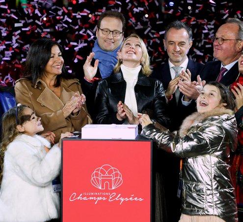 Nos princesses illuminent les Champs-Elysées