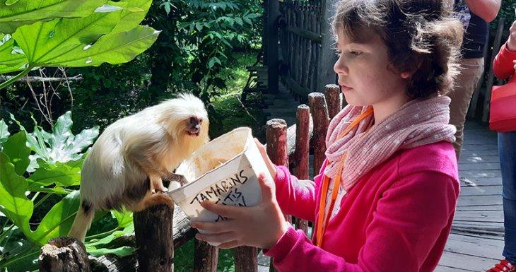 Inès, soigneuse au Zoo de la Boissière-du-Doré