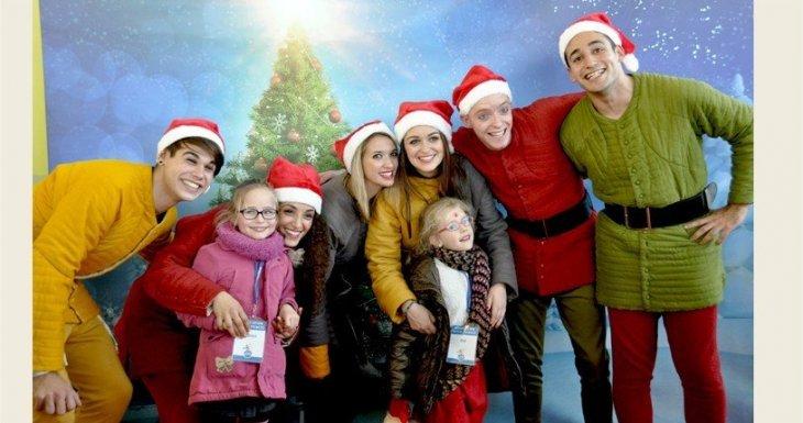 50 enfants et leur famille s'envolent à la recherche du père Noël !