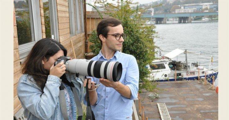 Trois apprenties photographes à Paris